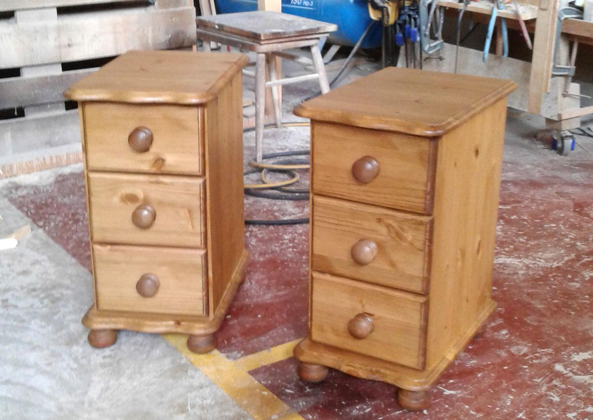 3 drawer bedside chests