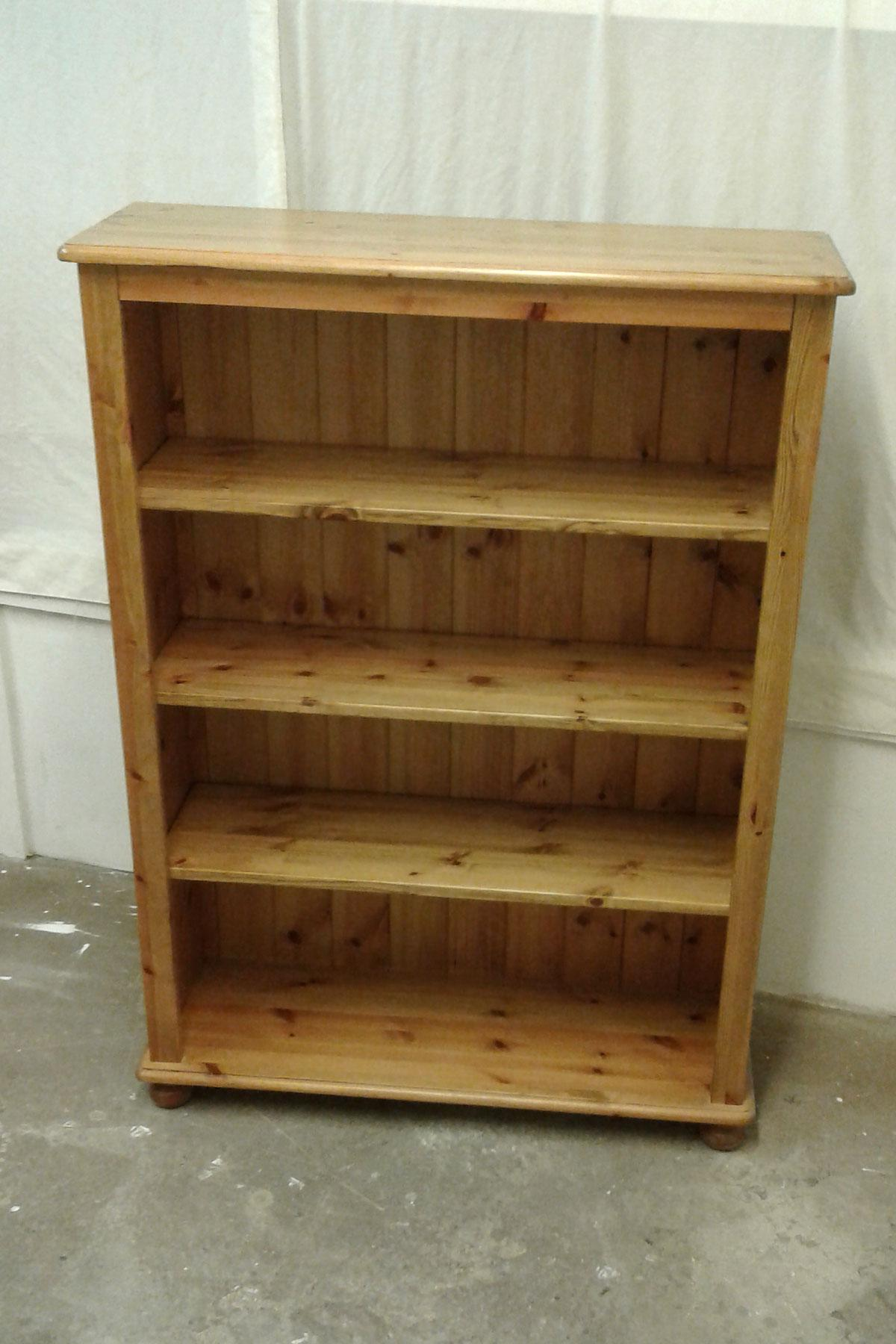 Home Pine are known for our quality pine bookcases and pine bookshelves. All of which can also be produced in Oak.